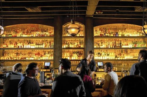 la-ig-bar-scenes-20141221